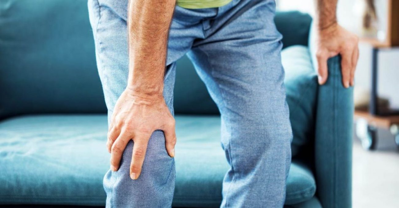 CR-Health-InlineHero-What-to-do-About-Knee-Pain-06-18