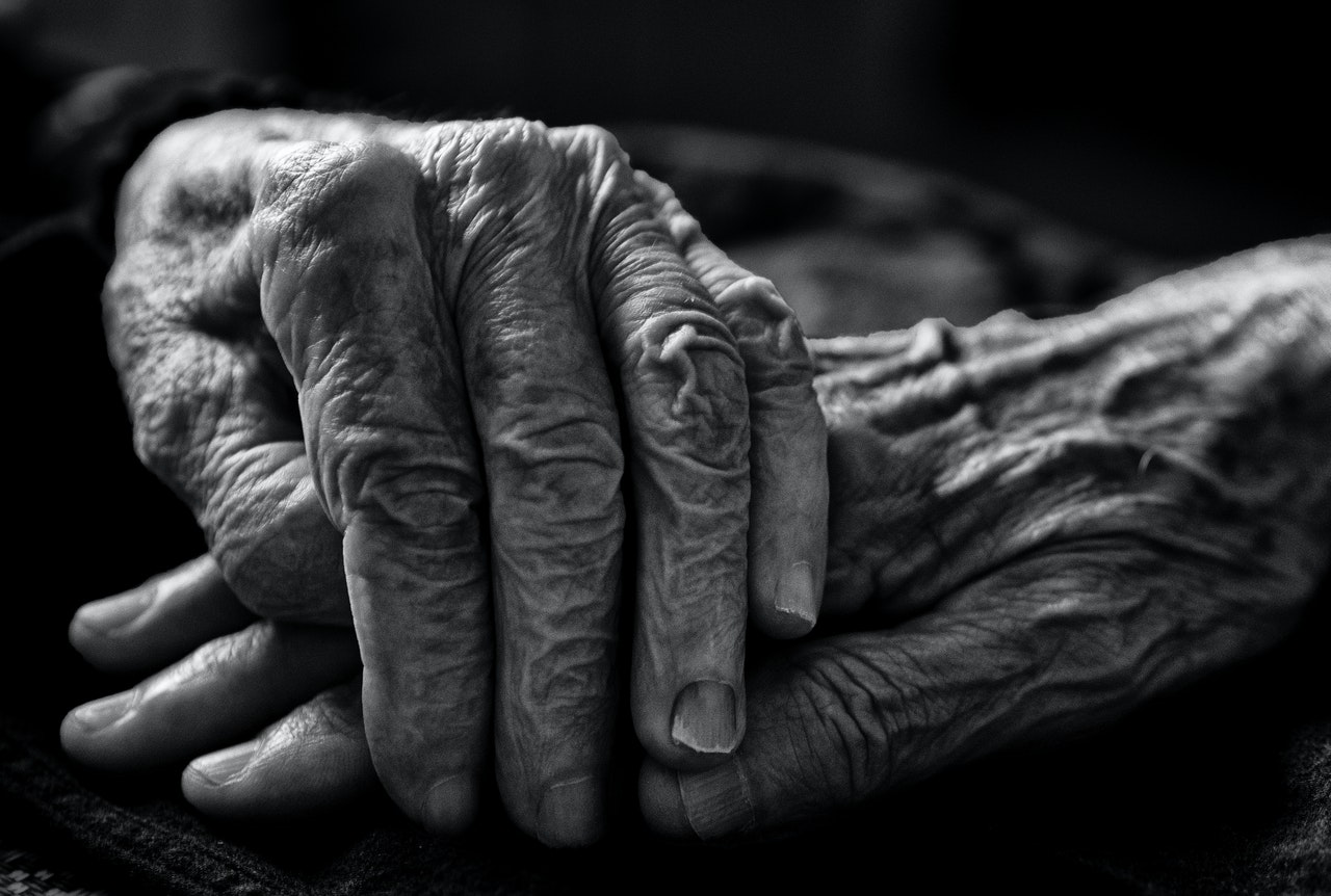 older person suffering from dementia